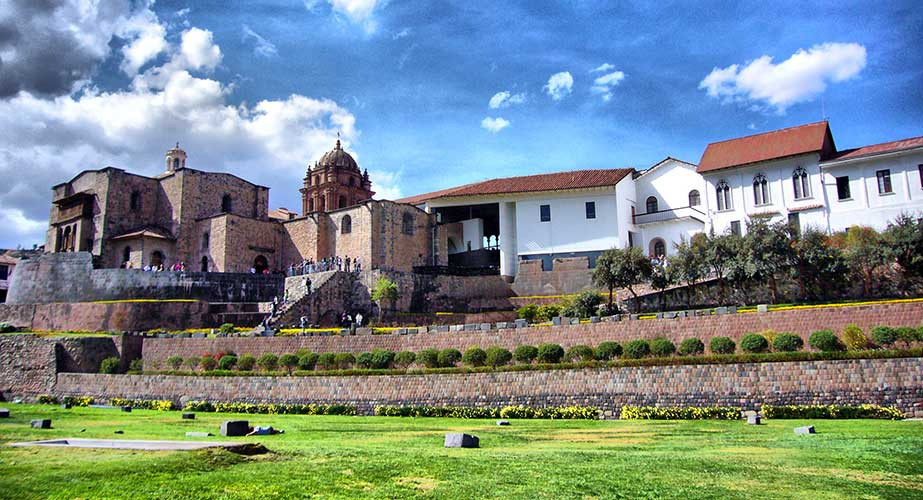 Day 7: CITY TOUR CUSCO + 4 NEARBY ARCHAEOLOGICAL SITES