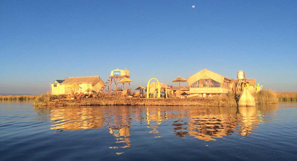Day 9: PUNO: SLEEPING IN UROS - FLOATING ISLANDS OF LAKE TITICACA